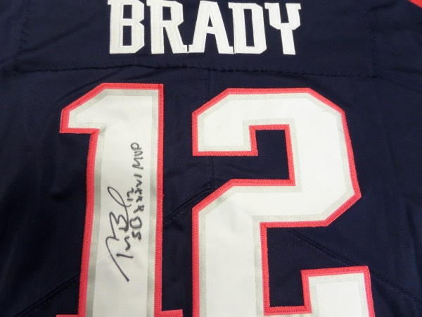 tom brady gets his jersey back